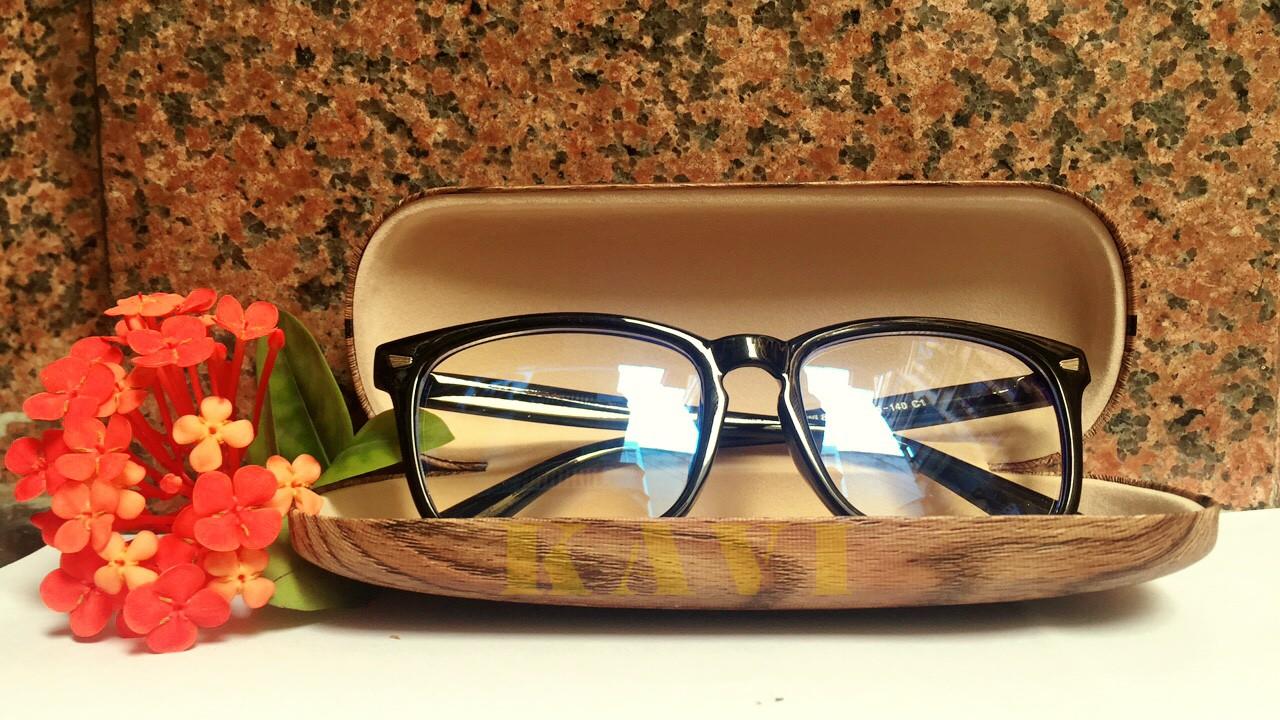 hộp đựng kính kavi