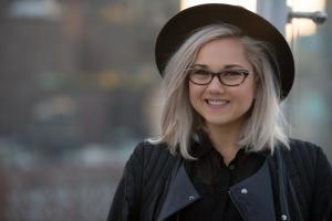 Các kiểu gọng kính cận nữ đẹp thời trang 2018