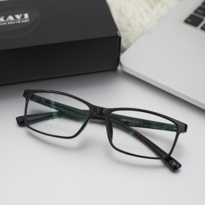 Chiết suất mắt kính là gì? Cách chọn mắt kính chiết suất phù hợp