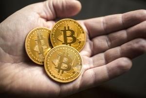 Đồng Xu Bitcoin Vàng